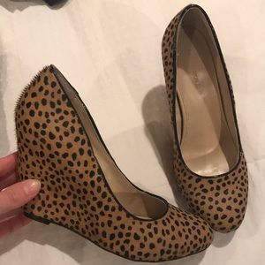 Leopard wedges!